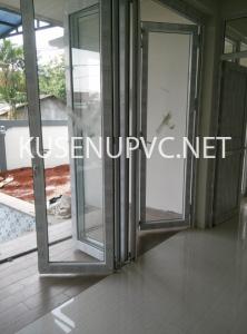 Pintu UPVC